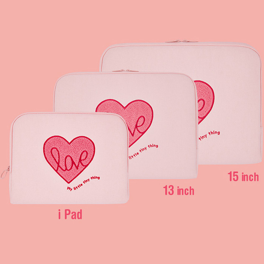 Size - Pink heart boucle canvas iPad laptop pouch case