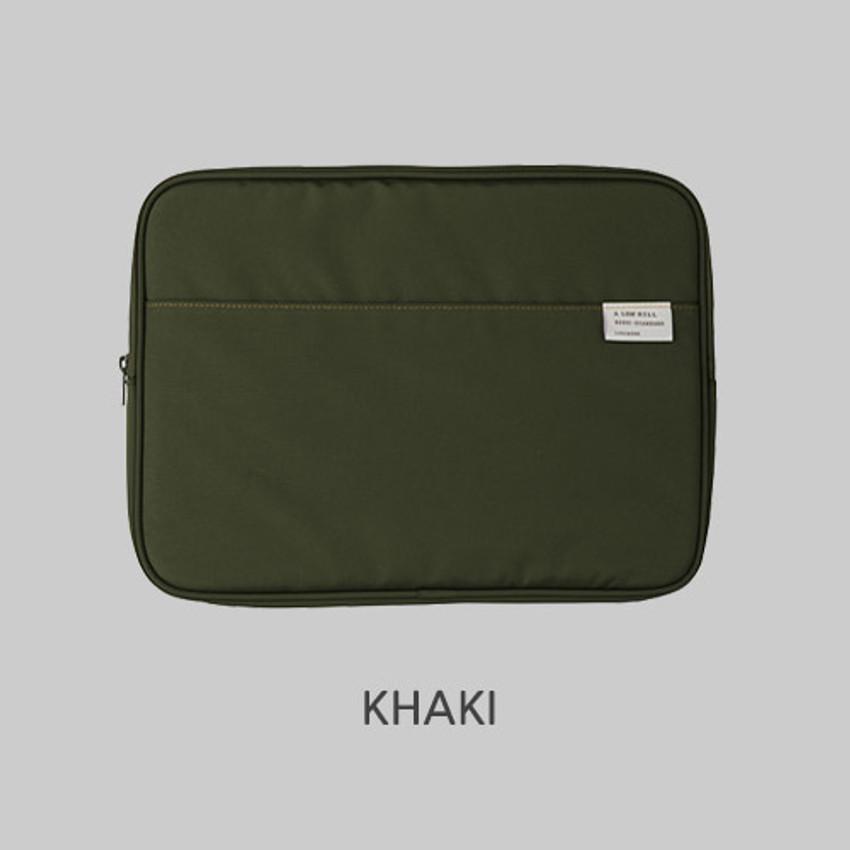 "Khaki - A low hill basic pocket 13"" laptop pouch case ver5"