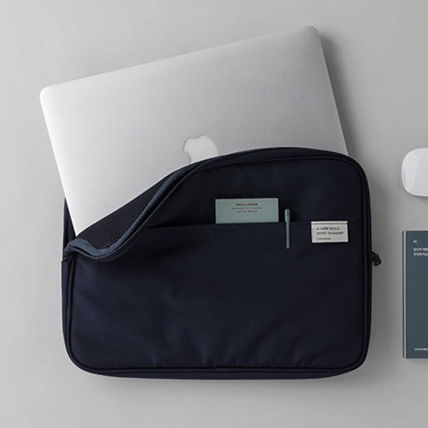 "Livework A low hill basic pocket 13"" laptop pouch case ver5"