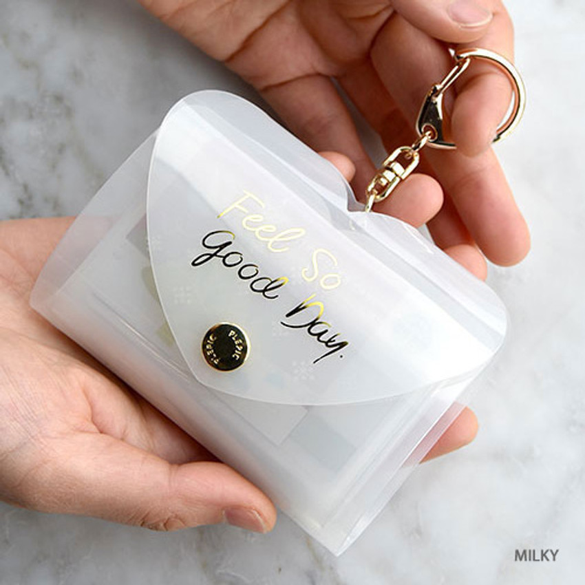 Milky - Feel so good shine card case book with key ring