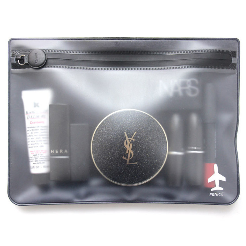 Example of use - Fenice Travel waterproof translucent zip pouch