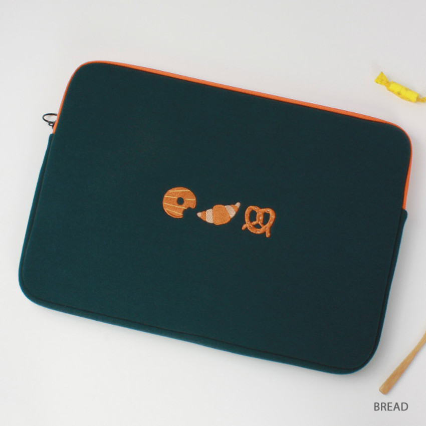 Bread - Tailorbird embroidered 15 inches laptop pouch case ver4