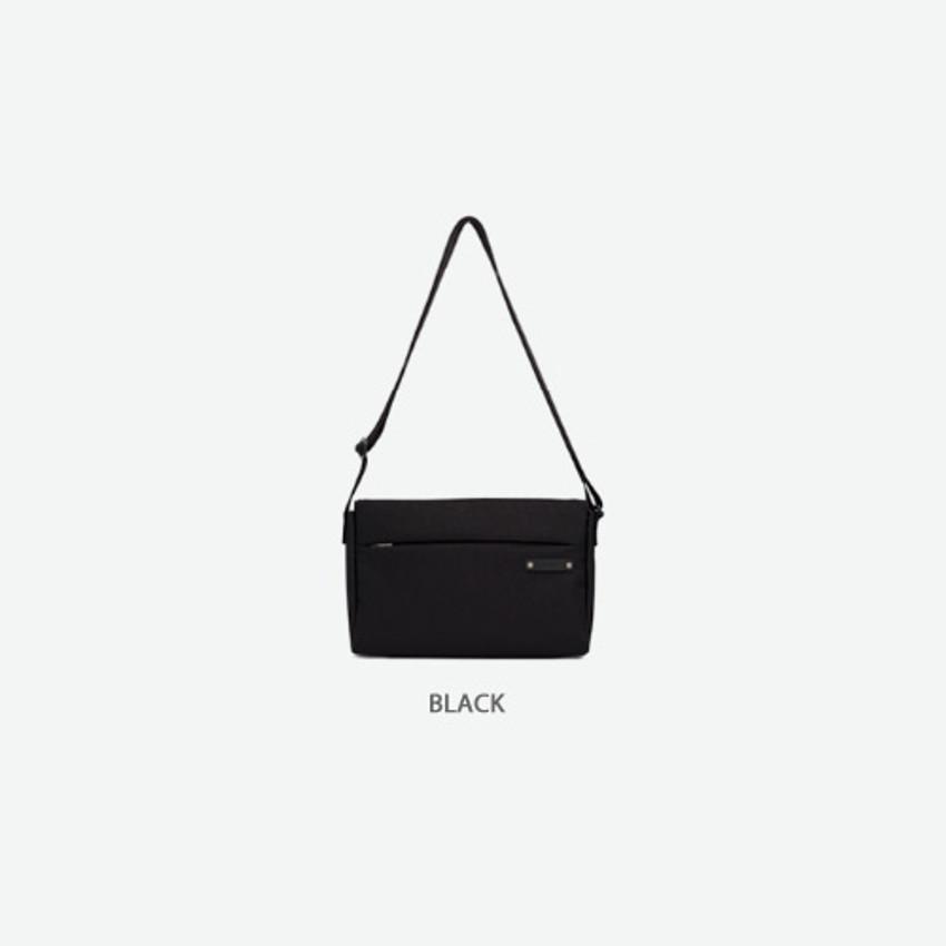 Black - Byfulldesign Travelus minimal crossbody bag for walking