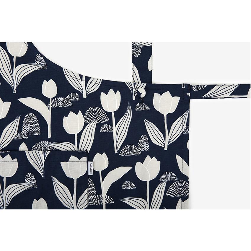 Dailylike Tulip pattern oxford fabric cross back apron