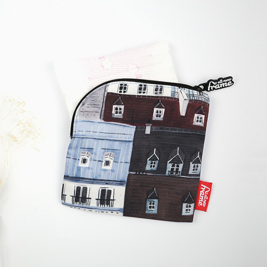 Example of use - All new frame F collection mini zipper pouch