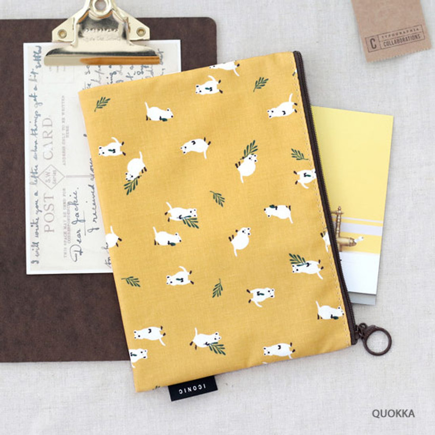 Quokka - ICONIC Comely water resistant medium flat pouch bag