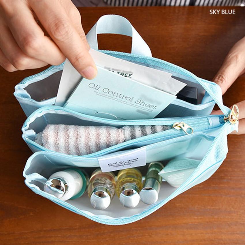 Sky blue - Play Obje Feel so good 3 pockets travel mesh zipper pouch