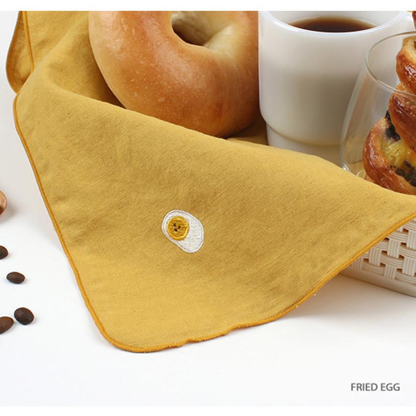 Fried egg - Wanna This Tailorbird cute embroidered hankie handkerchief ver4