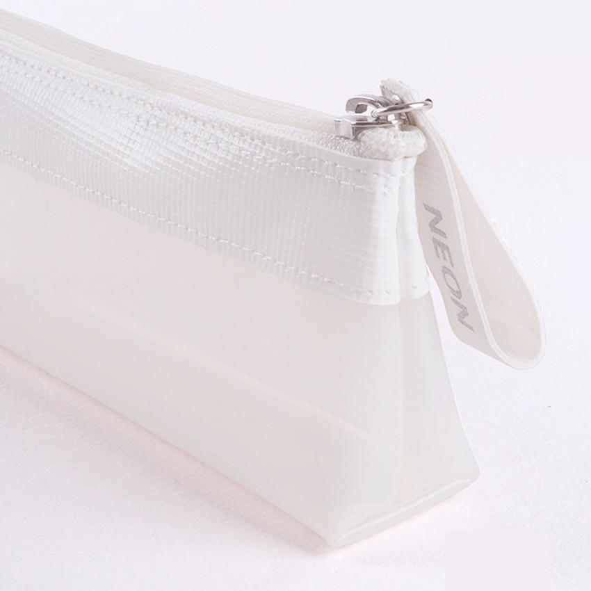 Detail of Rihoon Neon laundry translucent zipper pencil case