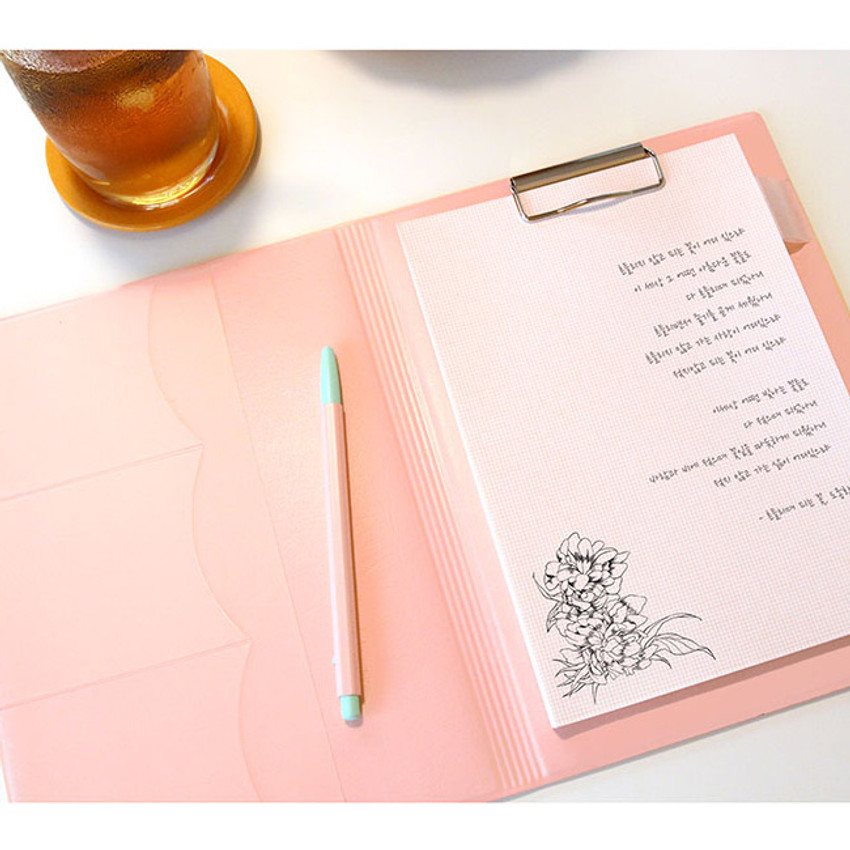 Usage example - PLEPLE Memo days A5 size foldover clipboard set