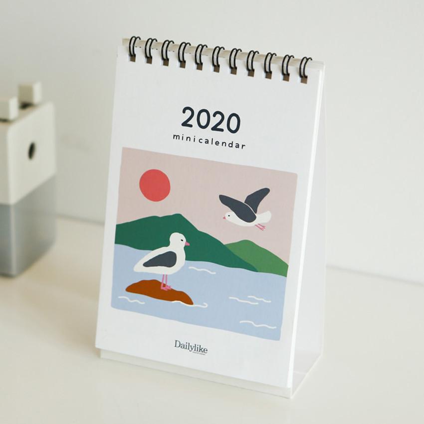 Dailylike 2020 Cute illustration small desk flip calendar