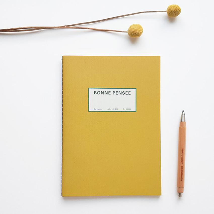 Mustard - O-CHECK Le cahier bonne pensee medium dot notebook