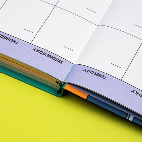 Opens flat - Ardium Colorpoint like dateless monthly planner scheduler