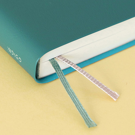 Bookmarks - 2021 The temperature of the day medium dated weekly planner