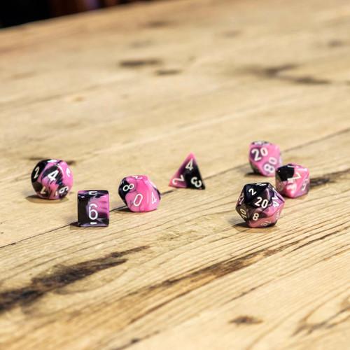 Chessex #26430 - Gemini Black-Pink / White Polyhedral (7ct)