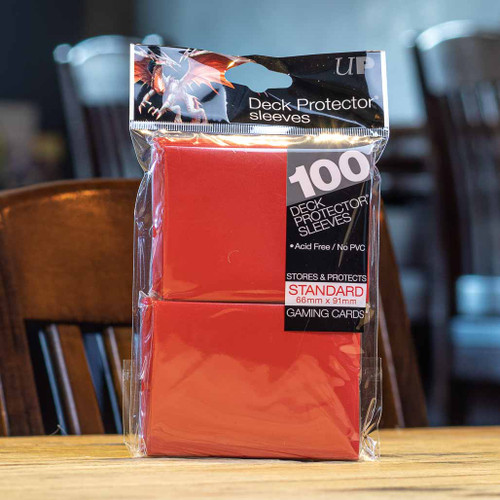 Ultra PRO Sleeves - Gloss Red (100ct)