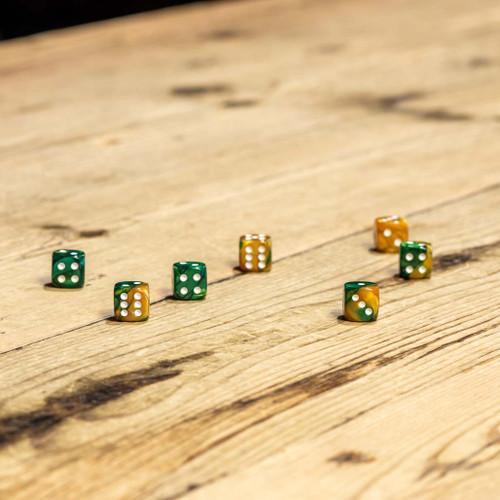 Chessex #26825 - Gemini Gold-Green / White d6 (36ct)