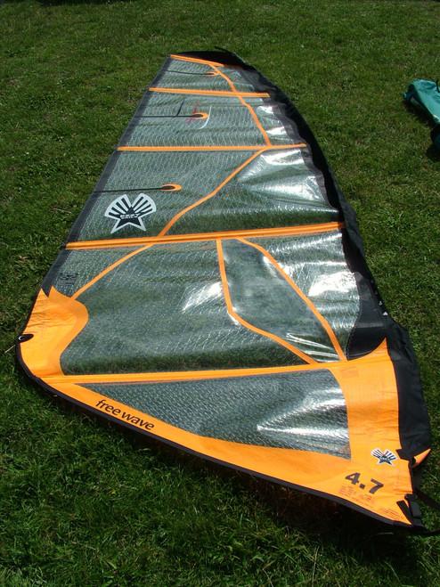 Used Ezzy Freewave 4.7m Windsurf Sail