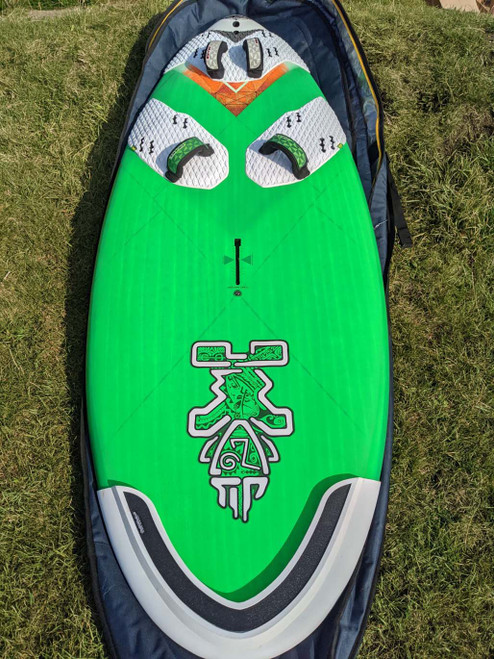 Used Starboard Atom IQ 140 Carbon Reflex Windsurf Board with Bag