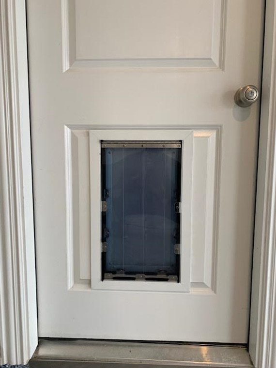 MaxSeal PRO Pet Door for Doors