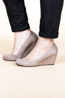 Risky Business - Suede Taupe