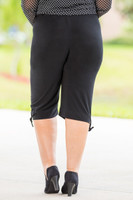 Perfectly Packaged Capri Pants - Black