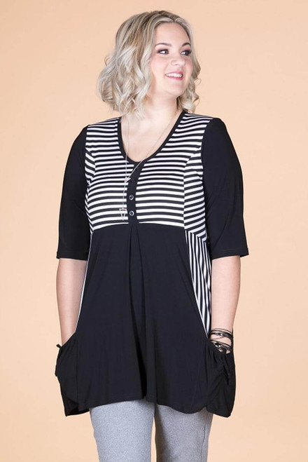 Wonderful Weekender Tunic - B&W Stripes