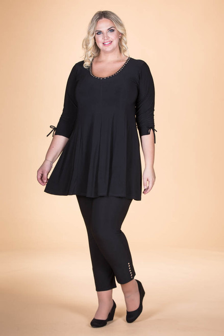 Off the Cuff Tunic - Black