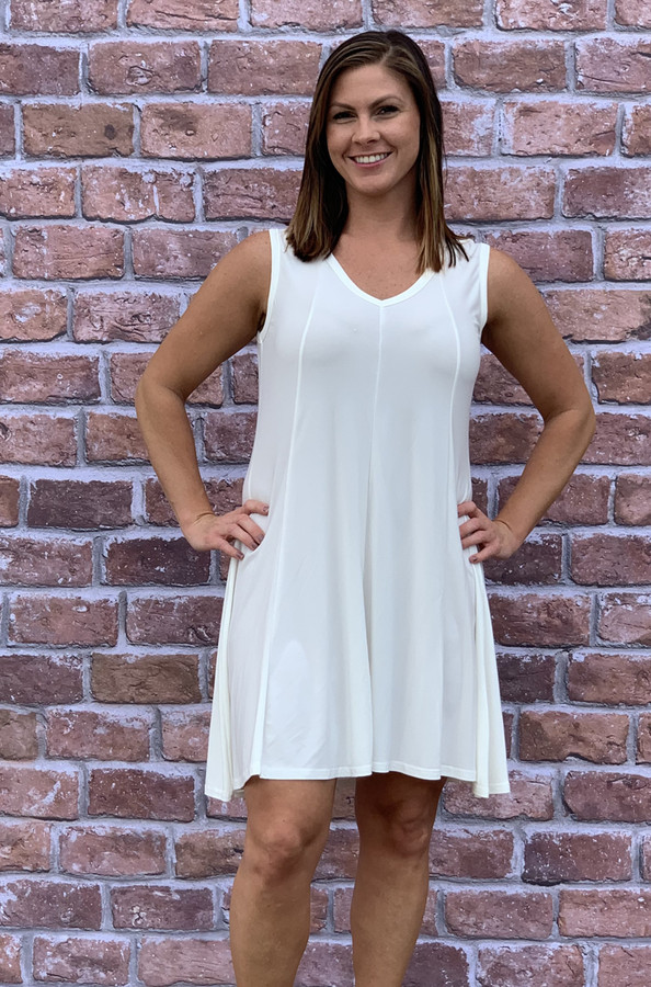 Feel The Beat Dress - Creme