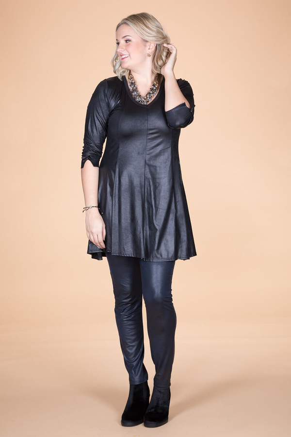 Off the Cuff Tunic - Black Faux Leather