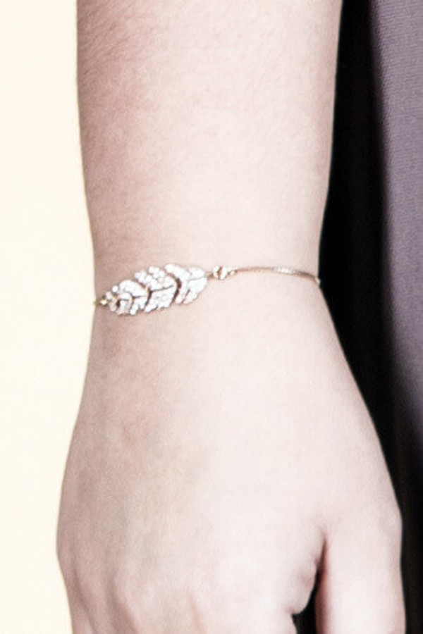 Crystal Leaf Draw Chain Bracelet - Gold