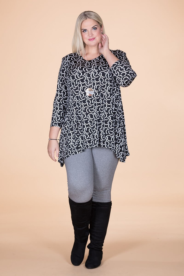Chevron Shaped Tunic with Pocket - Connections Print
