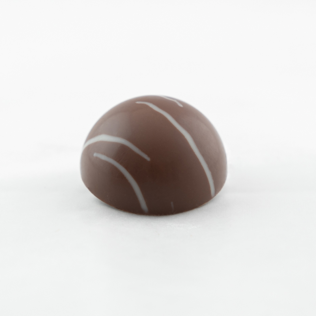 Belgian milk chocolate ganache with cinnamon