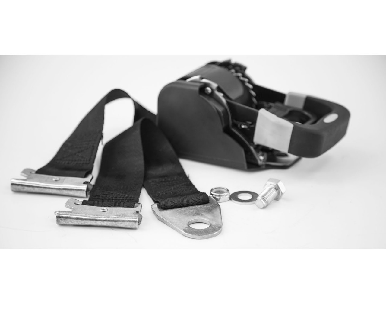 5480011 --- Retractable E-Track Ratchet Tie Down