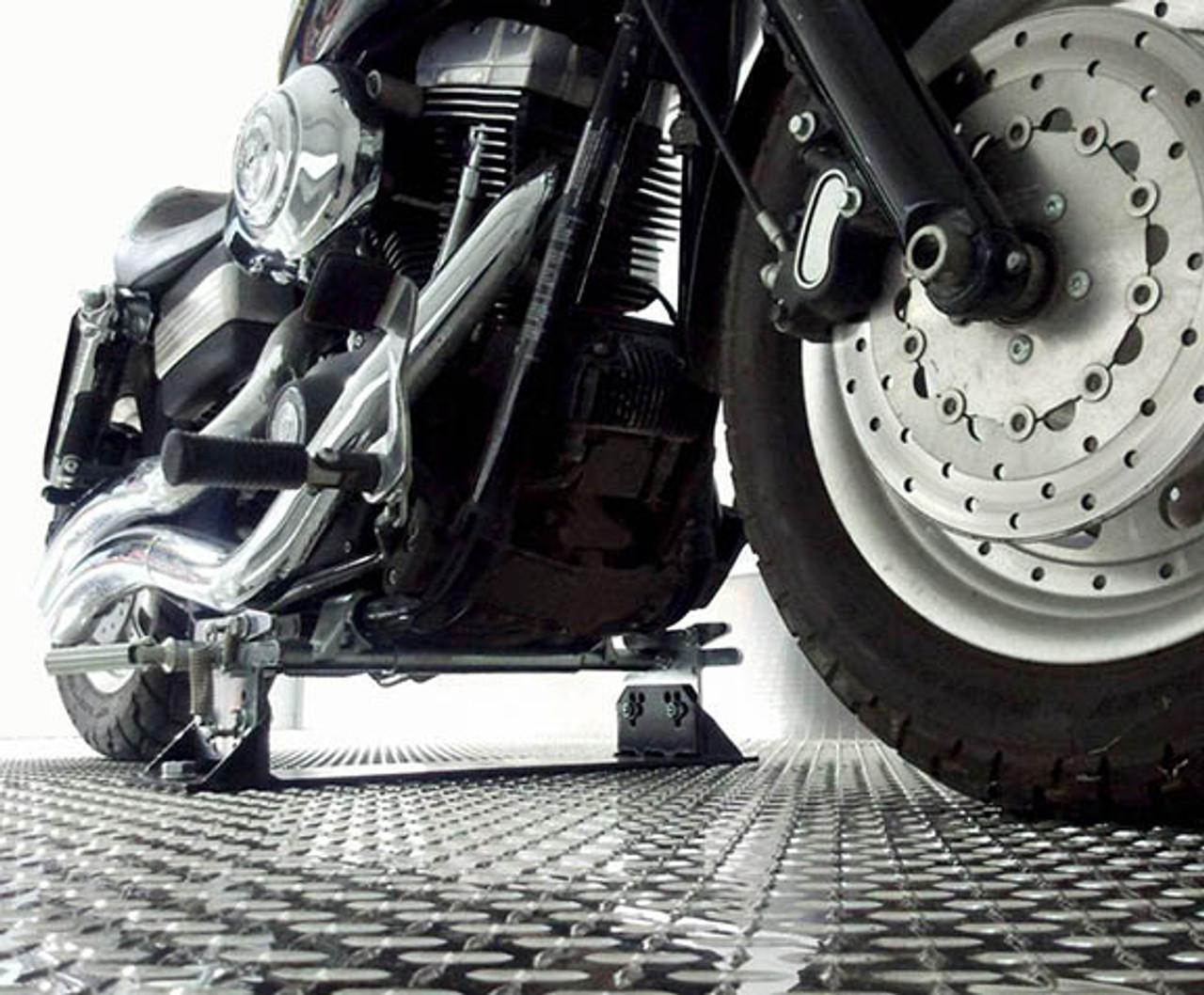MC2301 --- Biker Bar for Harley Davidson Touring Bikes