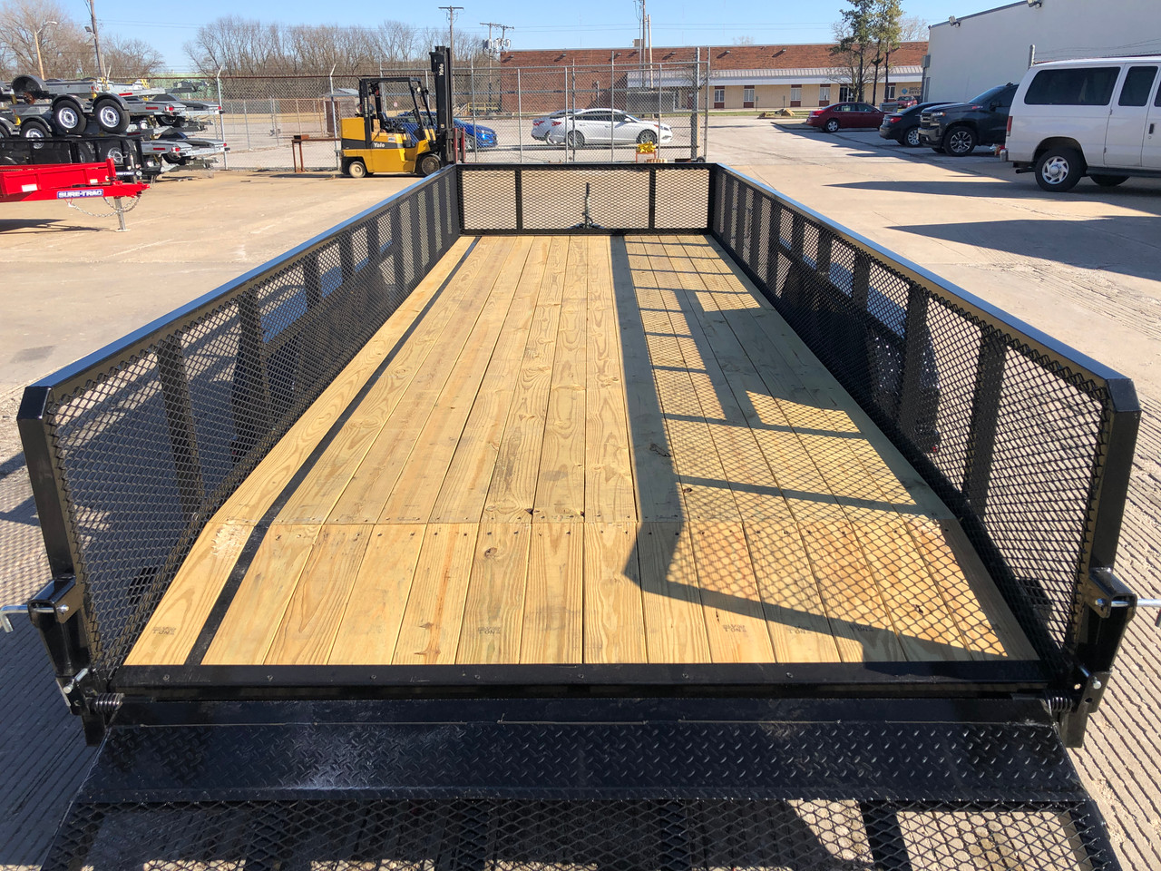 """STR8220LS-E2 --- 2021 Sure-Trac 82"""" x 20' Landscape Trailer with 2' Mesh Sides and Ramp Gate - ST5109"""