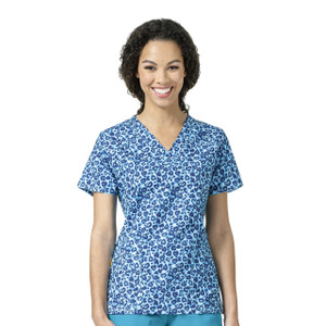 (6217-WDH) WonderWink Four-Stretch V-Neck Print Scrub Top - Wild Hearts