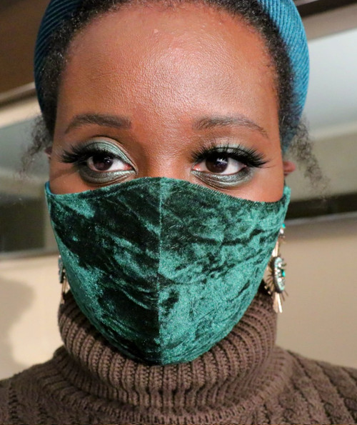 Daniela Tabois Adjustable Green Velvet Crinkle Face Mask