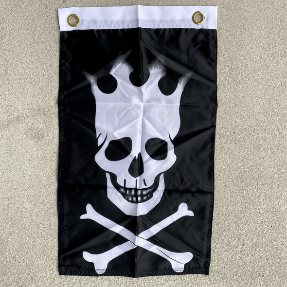 Pirate Crown 12 x 18 inch with grommets Flag