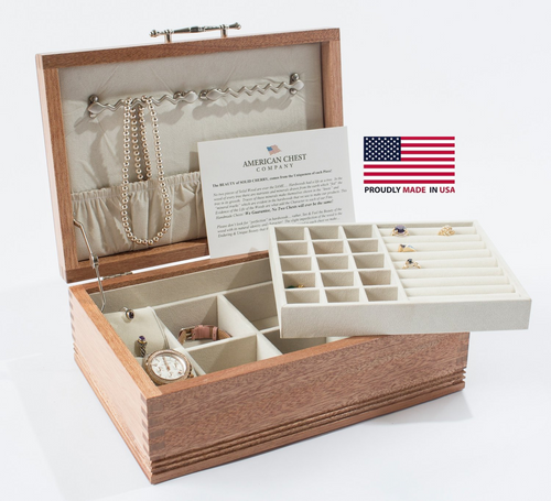 Americana Jewel Chest with Lift-Out Tray