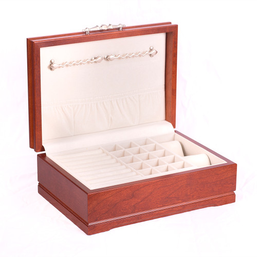 SOPHISTICATION - Jewelry Chest