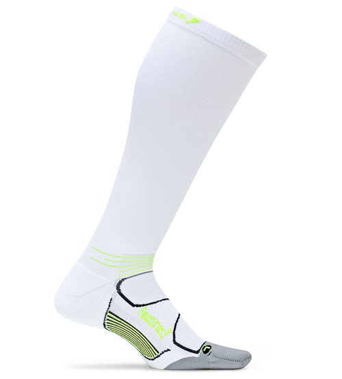 Features Graduated Compression Cushion Knee High Socks White