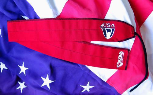 STRENGTH WRAPS | USA WEIGHTLIFTING STRENGTH WRAPS | EXTRA LONG Red Black (CUS108) - www.BattleBoxUk.com