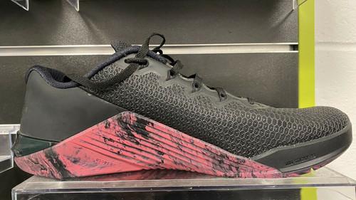 Nike Metcon 5  Black Oil Grey Sunset Pulse UK9 Model AQ1189 - www.BattleBoxUk.com
