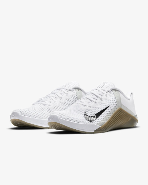 Nike Metcon 6  White/Gum Dark Brown/Grey Fog/Black