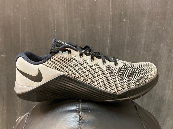 Nike Metcon 5 X Night Time Shine Training Shoe www.battleboxuk.com