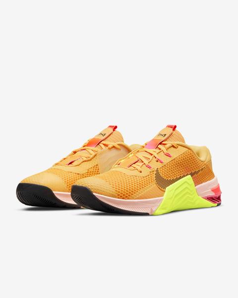 Nike Metcon 7 X Training Shoe Colour Shown: Pollen/Volt/Pale Coral/Black DA8110-721 www.BattleBoxUk.com