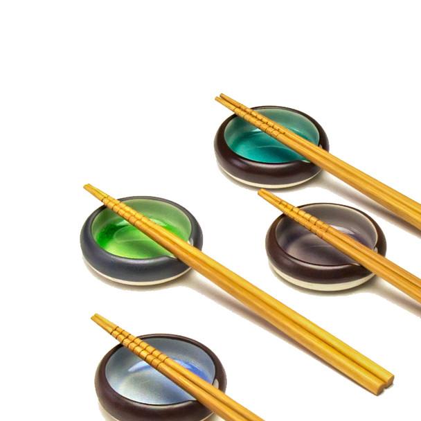 Crackle Sauce Dish Rest & Chopsticks Set