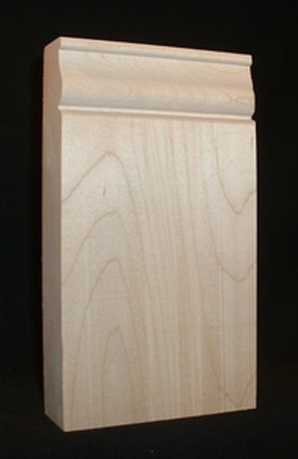 Maple plinth block, traditional style