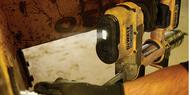 DeWALT DCGG571M1 18V XR Cordless Grease Gun – what features